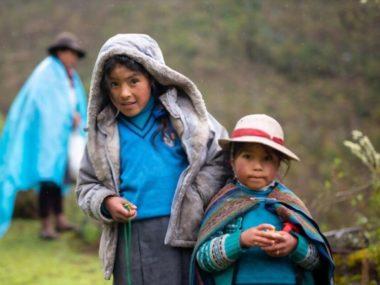 Meeting children on the Lares Valley Trek
